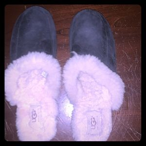 Uggs Black Leather Clogs Size 9